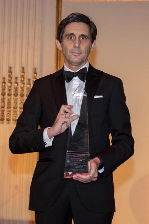 José María Álvarez-Pallete receives the Business Leader of the Year award