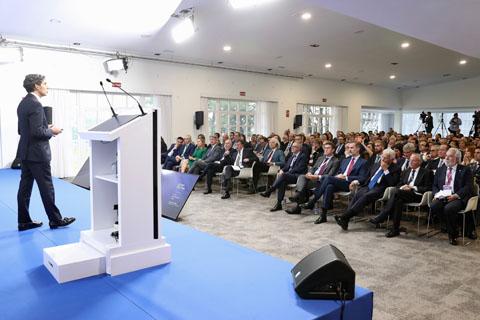 """Álvarez-Pallete: """"Europa tiene una oportunidad única de emprender con éxito la transición digital"""""""