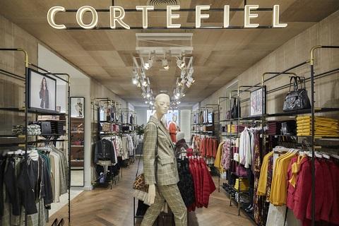 Las tiendas Cortefiel reducen su co...