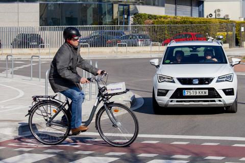 Telefónica y Seat mostrarán en el MWC varios casos de uso de coche conectado con 5G en un entorno de ciudad para una conducción más segura