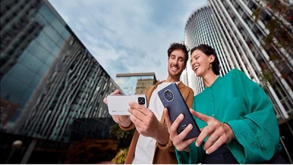 Movistar revoluciona el mercado convergente y lanza un nuevo Fusión que incluye un smartphone